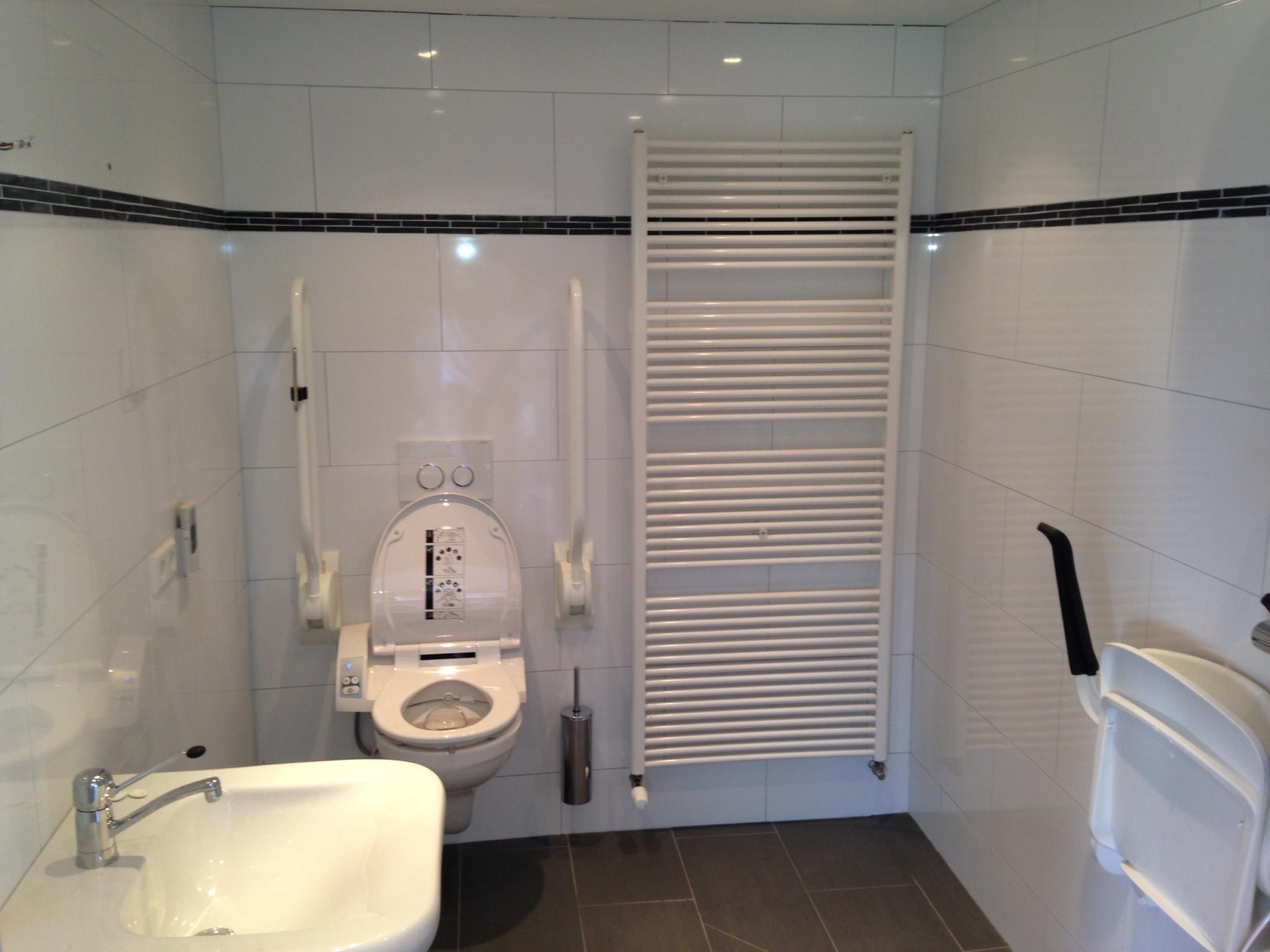 Simpele Badkamer Kosten : Geweldig simpele badkamer badkamermeubels ontwerpen